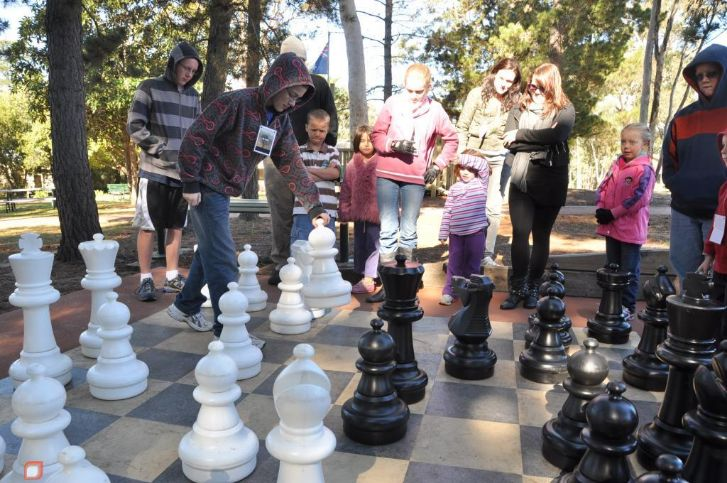 giant-chess-set-facilities